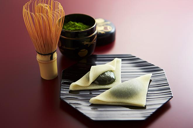 Bánh Yatsuhashi có lớp vỏ thơm mềm, nhân đậu đỏ ngọt lịm. Ảnh: patternz