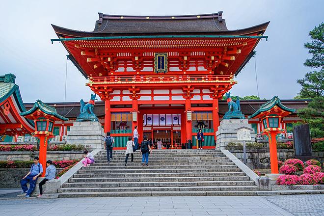 Chùa Thanh Thủy luôn là điểm hẹn ngắm hoa anh đào và lá đỏ hàng năm ở Kyoto. Ảnh: pixabay